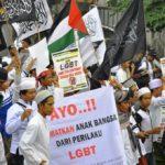 Inilah Bahaya LGBT dalam Islam