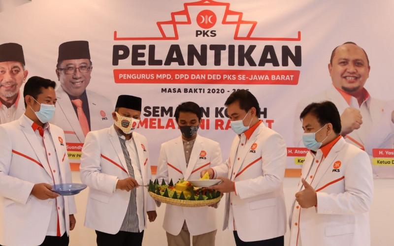 Dahsyat PKS Lantik 2.500 Pengurus Milenial, Demi Pelayanan Rakyat dan Kepemimpinan Amanah