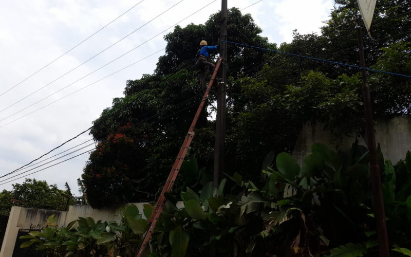 PLN Siap Perbaiki Kabel Listrik di Jalan Cicadas Cibuntu
